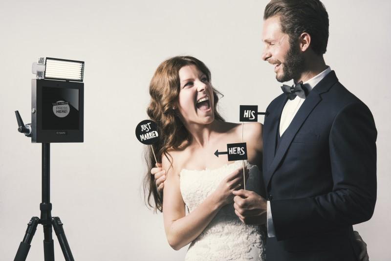 Selfie Station Weddings